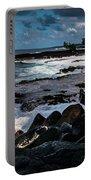 Makuu Cliffs Portable Battery Charger