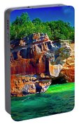 Michigan  Up Pictured Rock Kayakers 9060900109 Portable Battery Charger