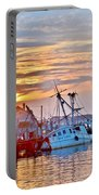 New Hope Sunrise - Sunken Ship At West Ocean City Harbor Portable Battery Charger