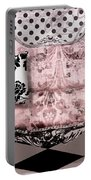 Poitrine Rose Portable Battery Charger