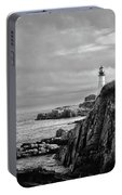 Portland Head Lighthouse - Cape Elizabeth Maine In Black And White Portable Battery Charger