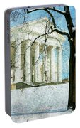 Richmond Virginia Capitol In Snow Portable Battery Charger