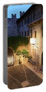Romeo And Juliet 2 Portable Battery Charger