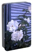 Roses De Lignes Bleues Portable Battery Charger