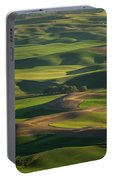 Steptoe Butte 4 Portable Battery Charger