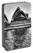 Sydney Opera House-black And White Portable Battery Charger