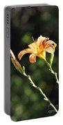Tasmania Day Lily Portable Battery Charger