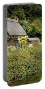 Thatched Cottages Of Hampshire 16 Portable Battery Charger