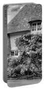 Thatched Cottages Of Hampshire 20 Portable Battery Charger