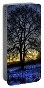 The Field Tree Hdr Portable Battery Charger