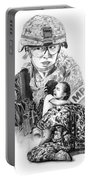 Tour Of Duty - Women In Combat Le Portable Battery Charger