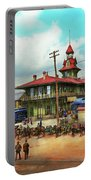 Train Station - Louisville And Nashville Railroad 1912 Portable Battery Charger