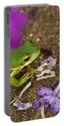 Tree Frog Under Flower Portable Battery Charger