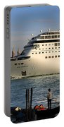 Venice Cruise Ship 2 Portable Battery Charger