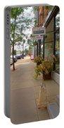 Warren Street 2 Portable Battery Charger