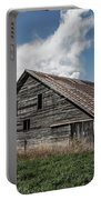 Way Of Life - Weathered Barn In Kansas Portable Battery Charger