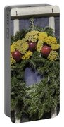 Williamsburg Wreath 25 Portable Battery Charger