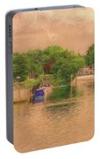 Molesey Lock And Weir Portable Battery Charger