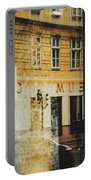 Museum Cafe Portable Battery Charger
