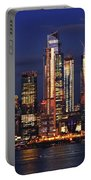 Nyc Sundown Gold And Twilight Skies Portable Battery Charger