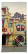 Five And Dime Disneyland Toontown Signage Beach Towel