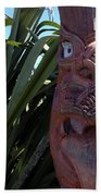 Maori Carving Beach Towel by Les Cunliffe