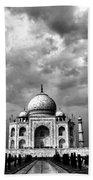 Taj Mahal India In Black And White Beach Towel