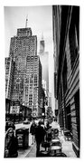 Willis Tower In The Clouds - Black And White Beach Towel