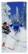 1990s Couple Skiing Vail Colorado Usa Beach Towel