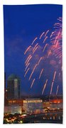 D21l-10 Red White And Boom Fireworks Display In Columbus Ohio Beach Towel