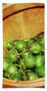 Basket Of Green Grapes Beach Towel by Susan Savad