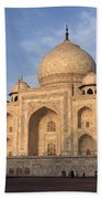 Taj Mahal In Evening Light Beach Towel
