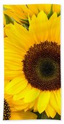 Bright Sunflower Blossoms Beach Towel