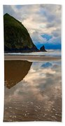 Cannon Beach With Storm Clouds In Oregon Coast Beach Towel