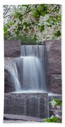 Cascading Waters At The Roosevelt Memorial Beach Towel