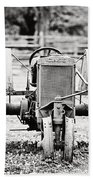 Case Tractor - Bw Beach Towel