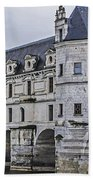Chenonceau And River Cher Beach Towel