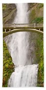Close Up View Of Multnomah Falls In The Columbia River Gorge Of Oregon Beach Towel
