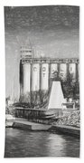 Collingwood Terminals In Old Days Beach Towel