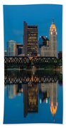 D2l64 Columbus Ohio Skyline Beach Towel