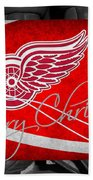 Detroit Red Wings Christmas Beach Towel