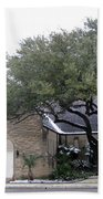 Dusting Of Snow At Church On Pennsylvania St Fort Worth Tx Beach Towel