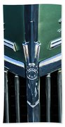 Ford Deluxe V8 Beach Towel