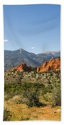 Garden Of The Gods And Pikes Peak - Colorado Springs Beach Towel