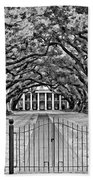 Gateway To The Old South Bw Beach Towel by Steve Harrington