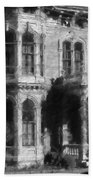 Gothic House Black And White Beach Towel