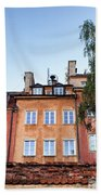 Houses In The Old Town Of Warsaw Beach Towel