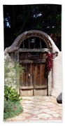 La Entrada A La Casa Vieja De Mesilla Beach Towel