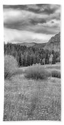 Lamar Valley Looking Towards Specimen Ridge Bw- Yellowstone Beach Towel