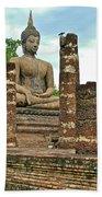 Large Sitting Buddha At Wat Mahathat In 13th Century Sukhothai H Beach Towel